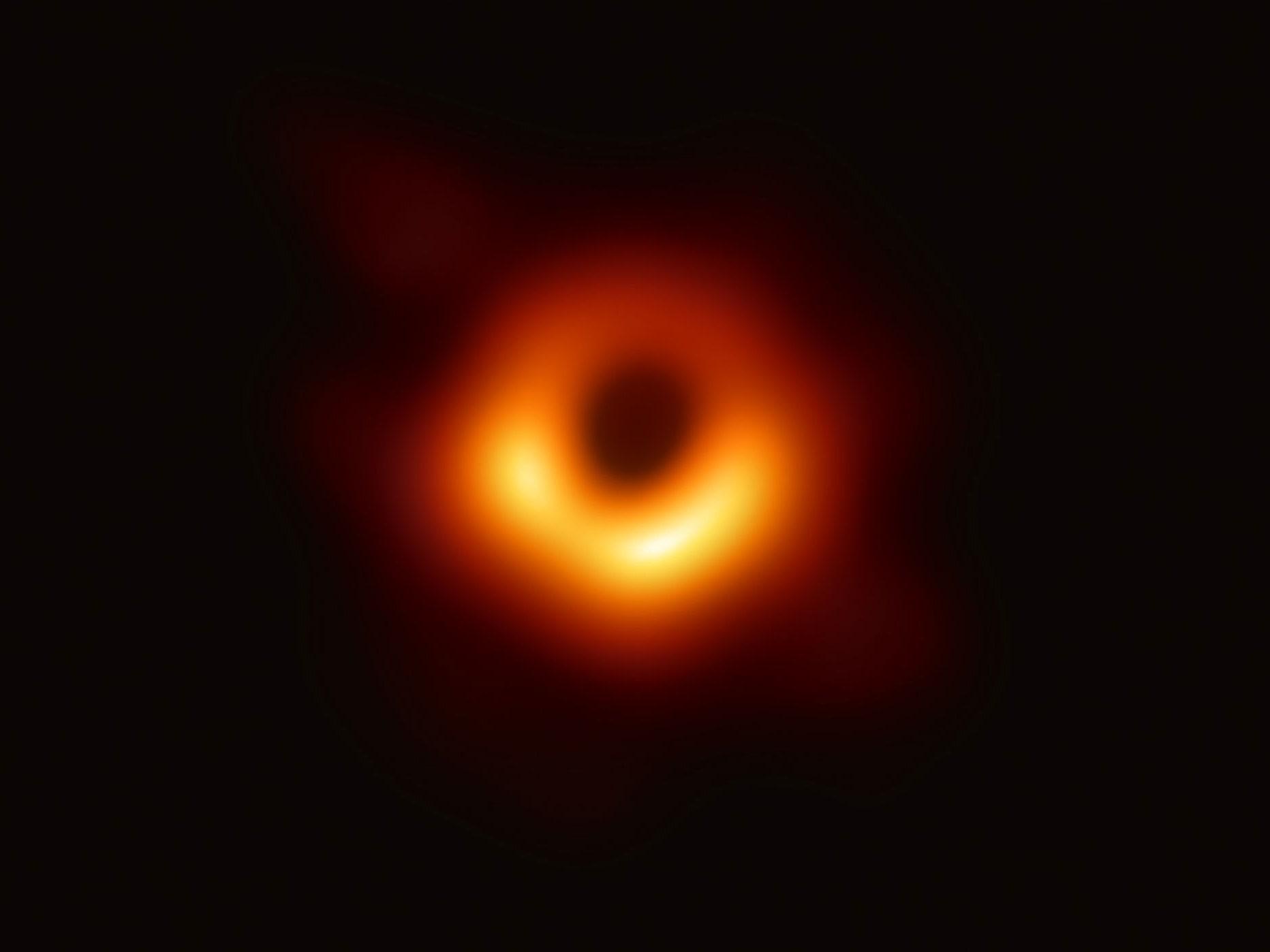 Primera imagen agujero negro