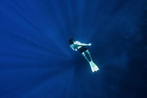 Tiempo aguantar agua sin respirar