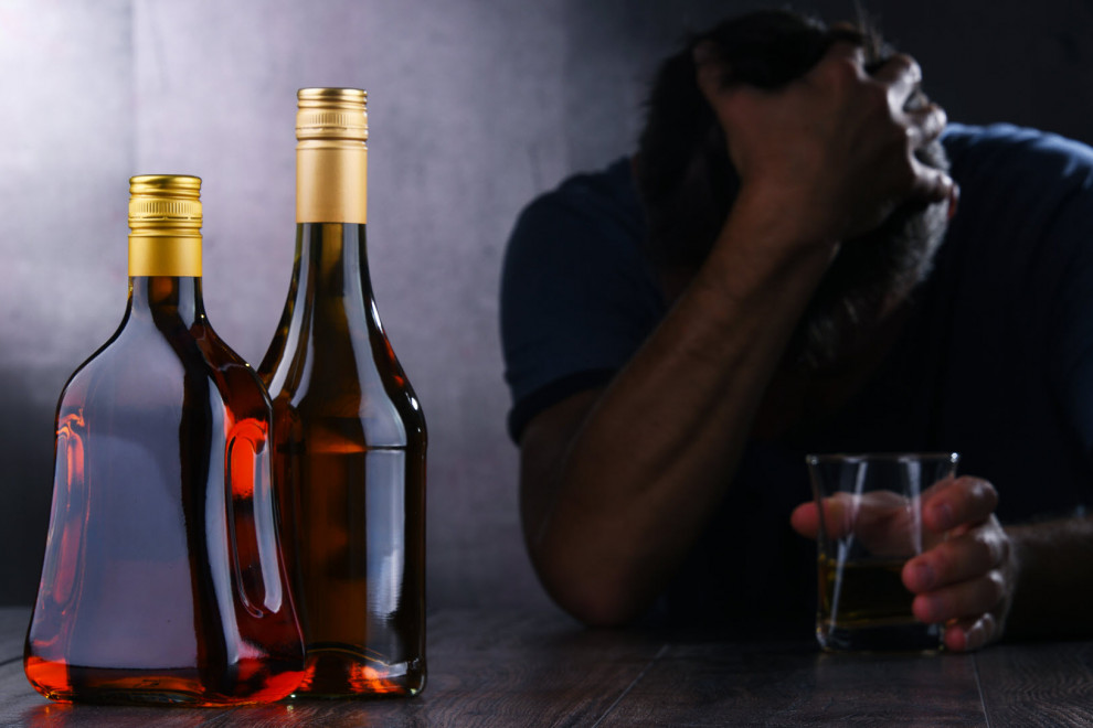 Alcoholismo problemas salud enfermedades