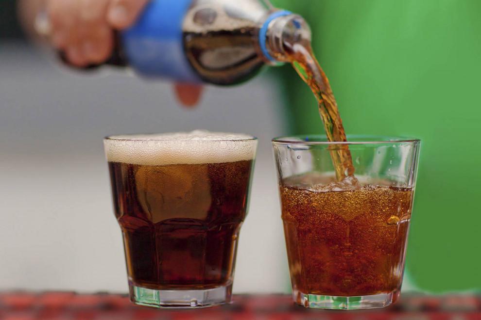 Consecuencias salud abusar refrescos azucarados