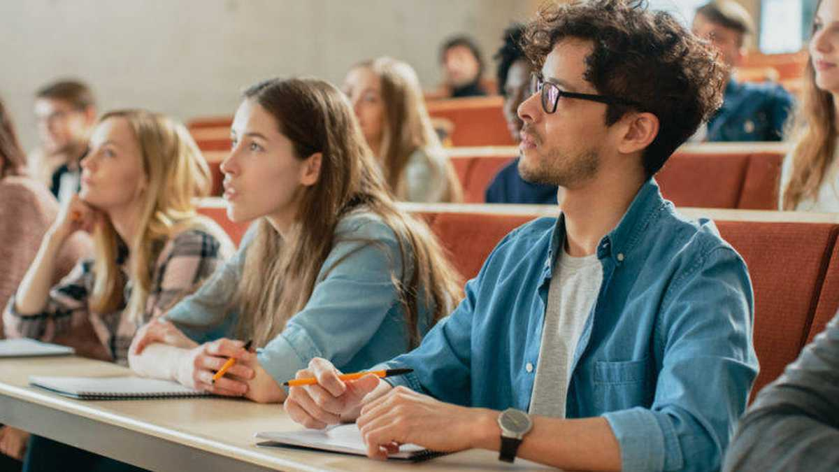 Universidad biomedicina