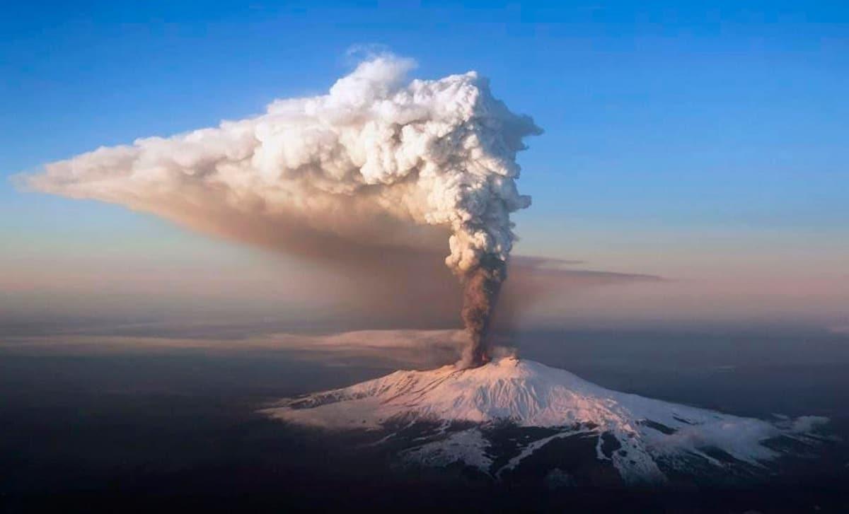 Erupción pliniana
